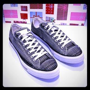 NWOT Converse All Star Unisex Sneaker. M:9 W: 11